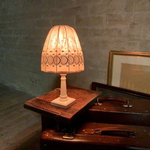 Bordslampa nattduksbord textil Retrolux antik