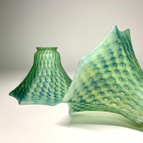 Jugend kupor i grönt opalt glas Retrolux antik