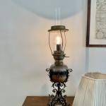 Bordslampa el-fotogen med skärm